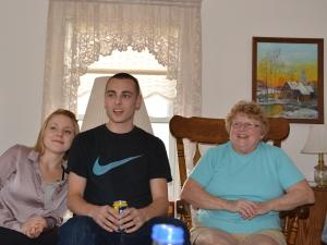 Melissa, Justin, Mom